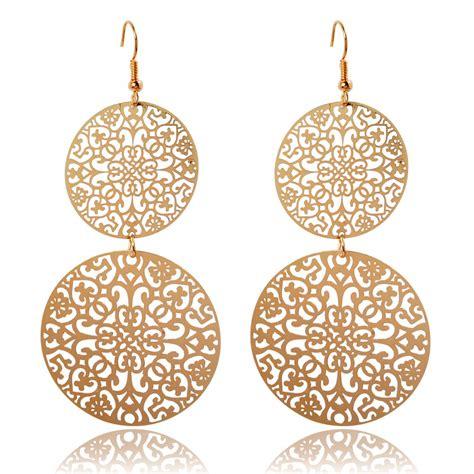 Boucles d'oreilles Héra en aluminium argenté et perle en verre