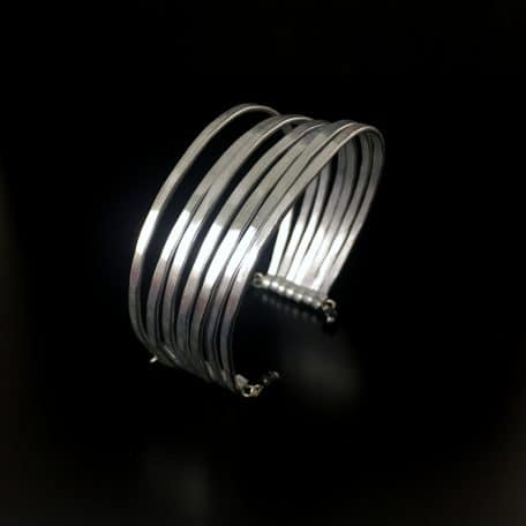 bracelet-femme-rigide
