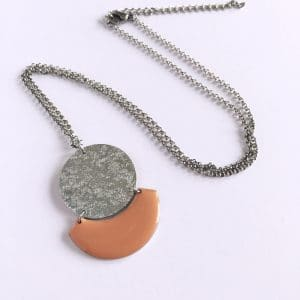 Collier long Céleste – Exclu orange clair