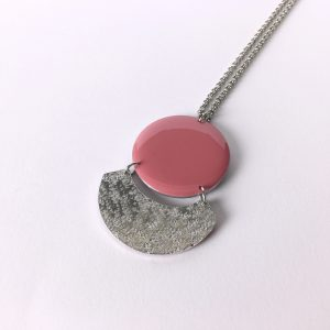 Collier long Céleste – rose